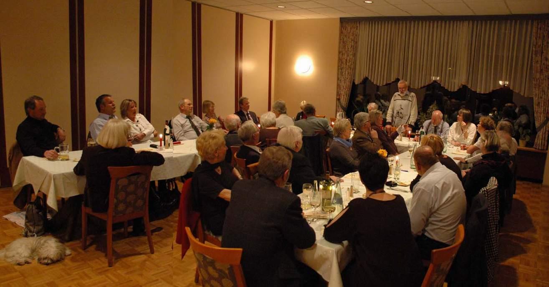 weihnachtsfeier-vespa-veteranen-freunde-2009-0003
